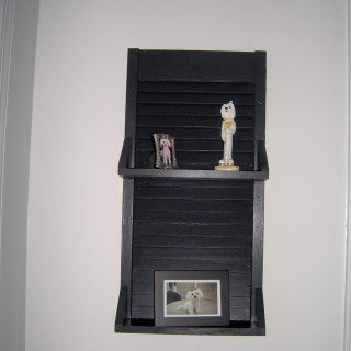 very simple shutter shelf