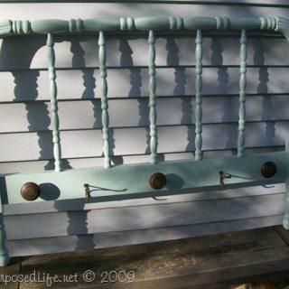 spool-bed-coat-rack