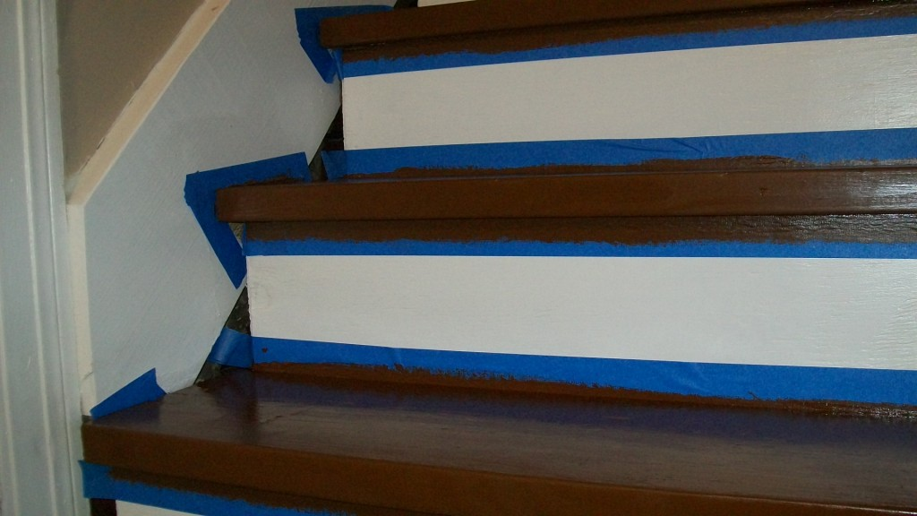 stairs-makeover-painters-tape