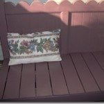 Cute Scalloped Bed Bench