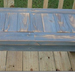 simple bench made from 2×4's