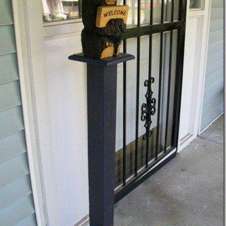 Simple porch post/display piece