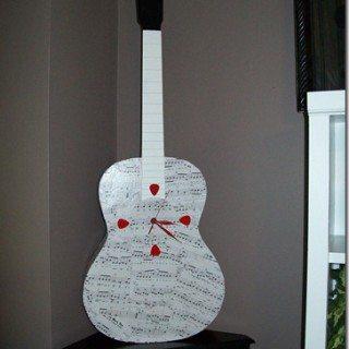 Repurposed Guitar into a Unique Clock