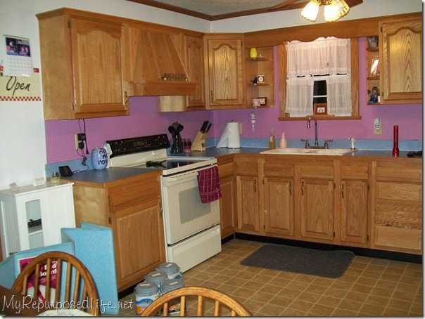 painting kitchen cabinets and cupboards before - Do It Yourself Painting Kitchen Cabinets