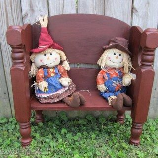 Toddler-Doll bench