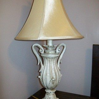 how to paint a gold lamp base