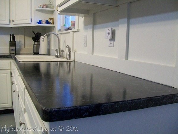 Giani Countertop Paint Kit In Bombay Black : My-Repurposed-Life-Paint-Laminate-Counter-with-Faux-Granite-Paint.jpg