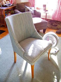 Upholster a thrift chair