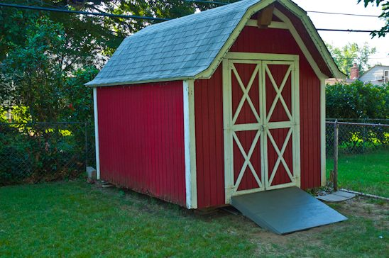 How to build a shed ramp potholes and pantyhose my for Small lawnmower shed