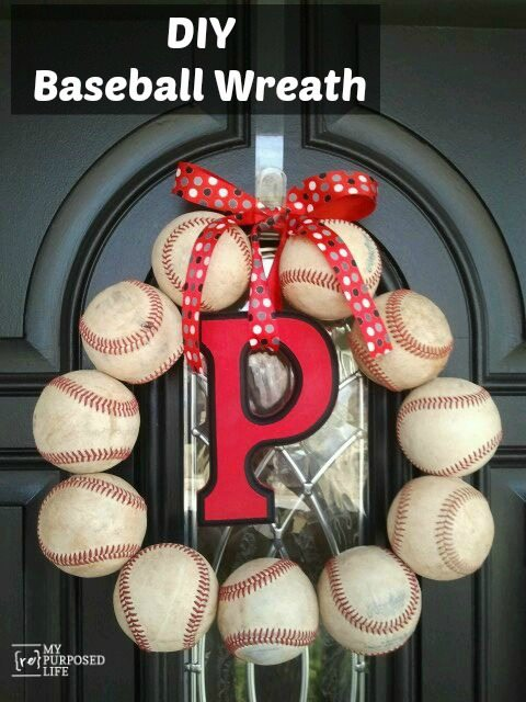 MyRepurposedLife-DIY-Baseball-Wreath