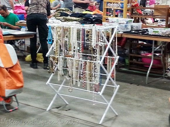 1000 Images About Yard Sale Display Ideas On