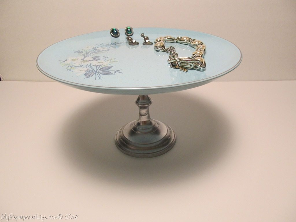 vintage plate as a jewelry stand & Easy Plate Stand with Thrifted Items - My Repurposed Life®