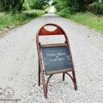 folding-chair-cafe-chalkboard.jpg