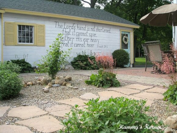 handwitten verse on the garage wall