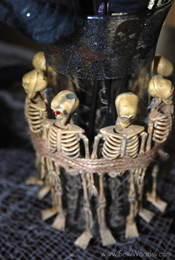 halloween-skeleton-vase
