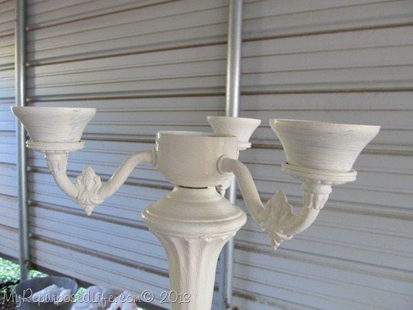 old-white-lamp