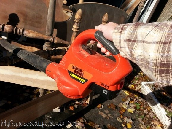 remove sanding dust with leaf blower
