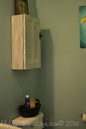 small-bathroom-cupboard