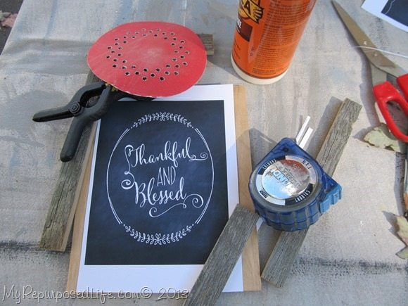 easy rustic framed chalkboard printable