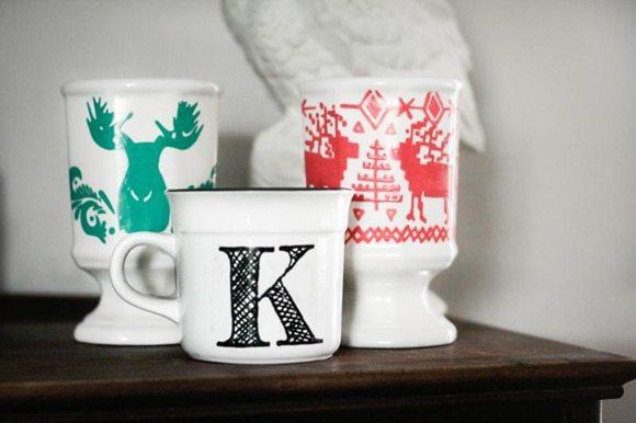 Christmas-DIY-mugs