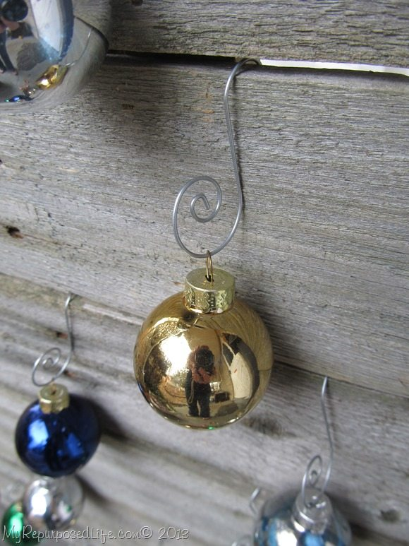 Christmas-ornaments-rustic-wooden-tree
