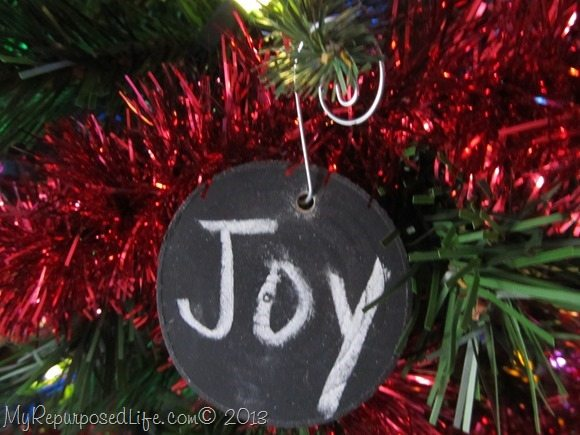 joy-ornament-wooden-disc