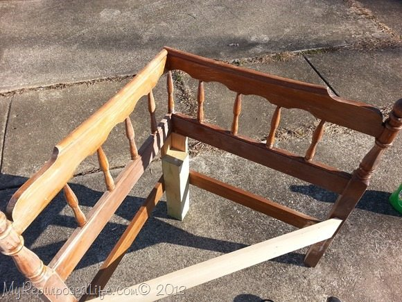 diy-corner-headboard-bench