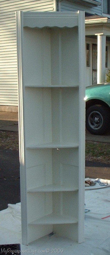 how to make a corner shelf out of an old bathroom door