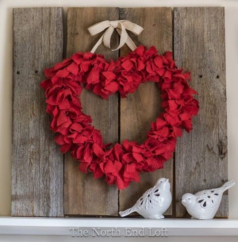 red-rag-valentine-wreath