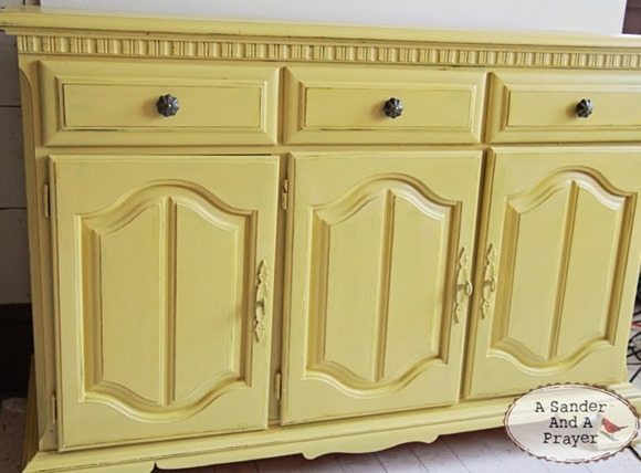 chalk-paint-distressing-sealing