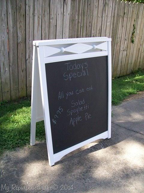 crib-easel-chalkboard-sign
