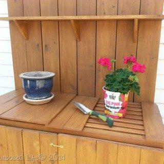 potting-bench-table-diy.jpg