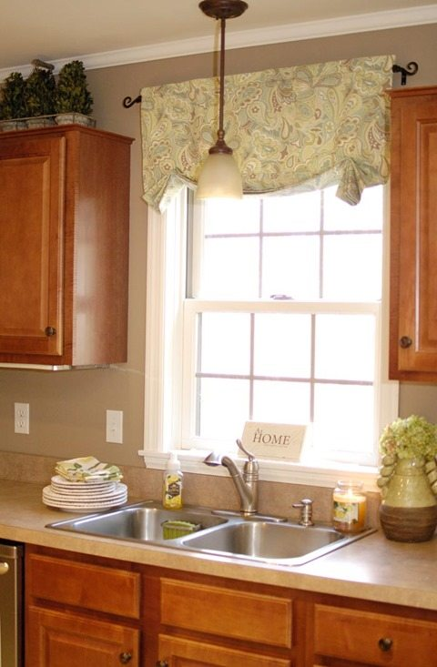 quick-easy-spring-valance