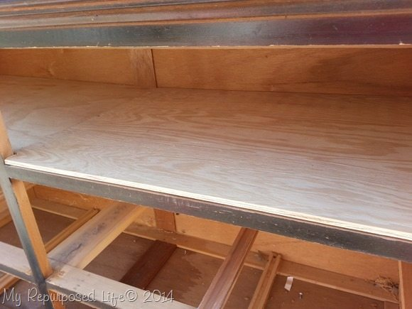 remove-drawers-thin-plywood-shelves
