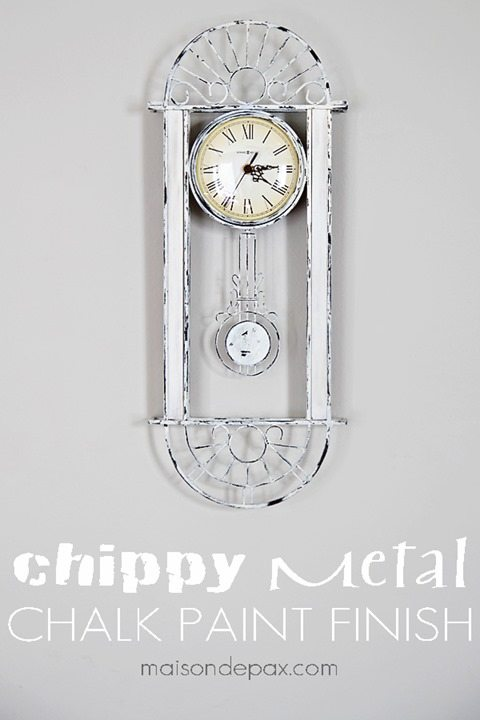 chippy-metal-clock-solo-sign