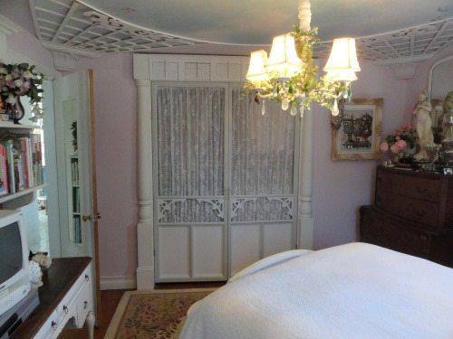 cottage-closet-screen-doors