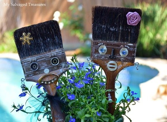 fun-repurposed-paint-brushes
