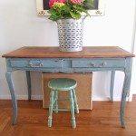 pretty-blue-distressed-desk