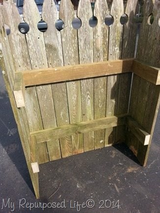 reclaimed-picket-fence-shelf