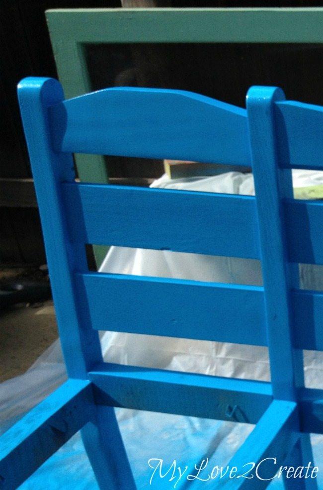 Spray paint bench