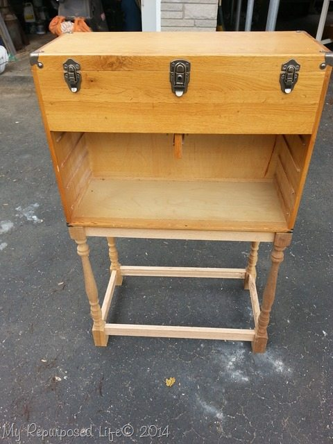 Diy spindle table my repurposed life for Table exit fly