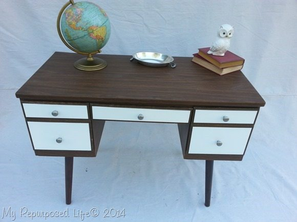vintage-desk-stain-white