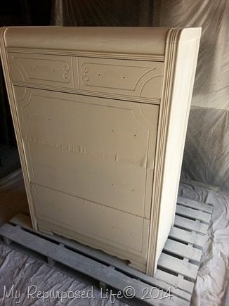 primer-waterfall-chest