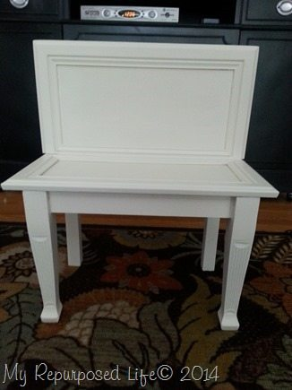 repurposed-cabinet-door-white-bench