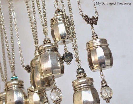 salt-pepper-shaker-necklaces