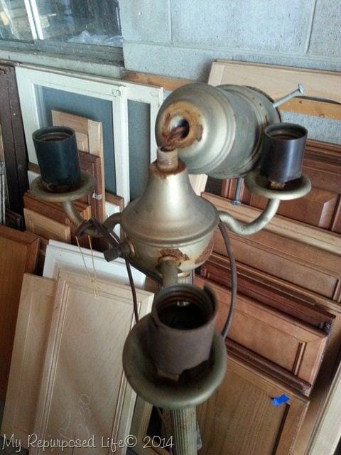 vintage-lamp-repurposed-before