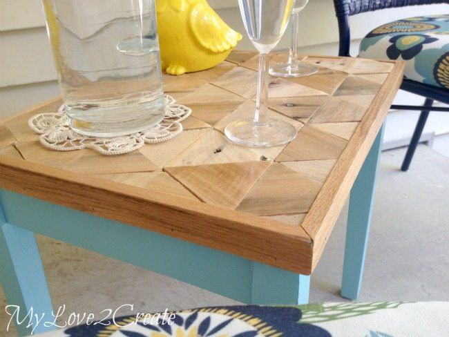 Pallet Top Table, side view