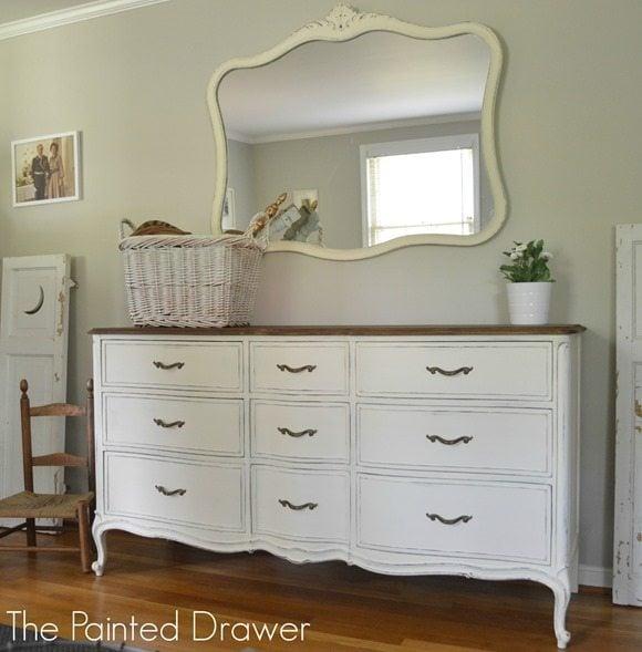 pretty-white-dresser