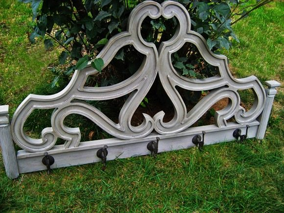 curvy-headboard-coatrack