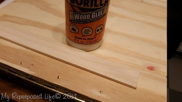 cover-screw-heads-paint-stick